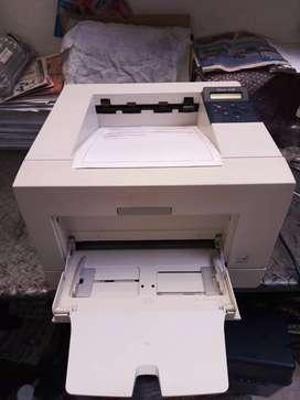 Impresora xerox Phaser 3428 lista para imprimir