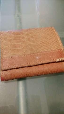 Vendo billetera usada mujer