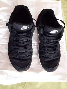 zapatillas Nike 9.5