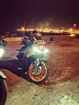 Moto Pistera Repsol