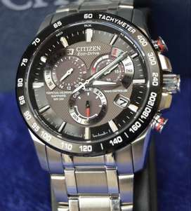 VENDO MI CITIZEN ECO DRIVE CALENDAR PERPETUAL A-T-AT4008-51E *** FOTOS REALES***