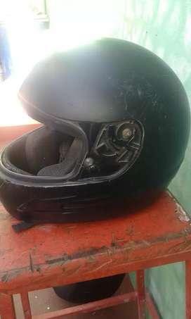 vendo casco para moto le falta la visera