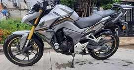 Se vende motociclista  marca Honda 190R
