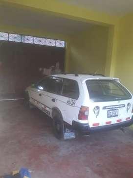 se vende un toyota corolla año 2001 dual motor 5e pulpo.