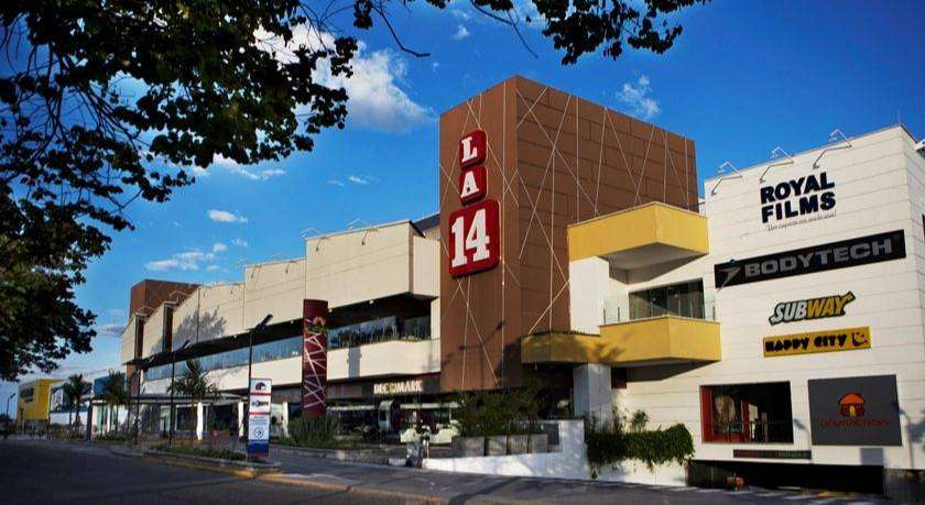SE VENDE LOCAL CENTRO COMERCIAL CALIMA ARMENIA 0