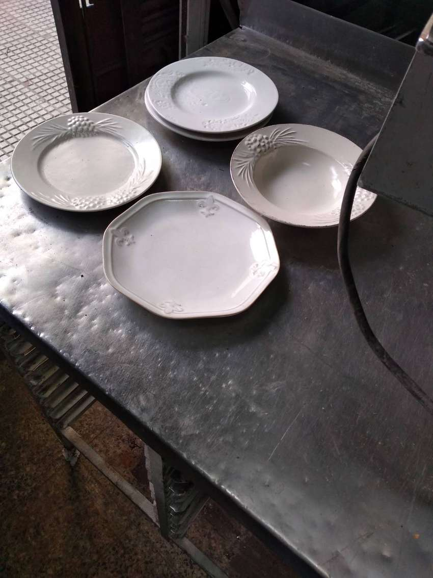 Platos hondos y de postre de cerámica de 20 cm 0