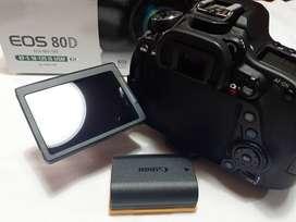 Vendo Canon 80 D casi nueva