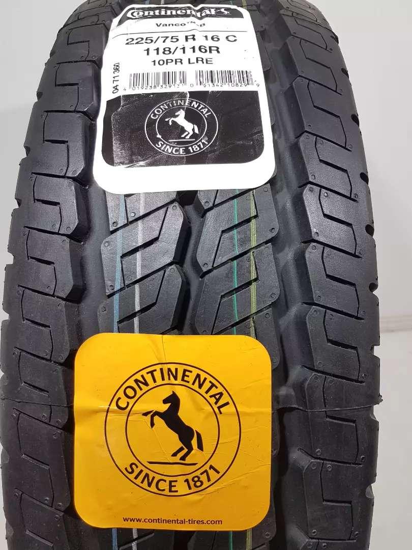 Neumático Continental 225/75R16 vanco 0