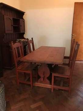 Mesa con 4 sillas de algarrobo