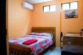 Alquilo habitación amoblada para dama que trabaje/estudie. Paz, seguridad y confort.