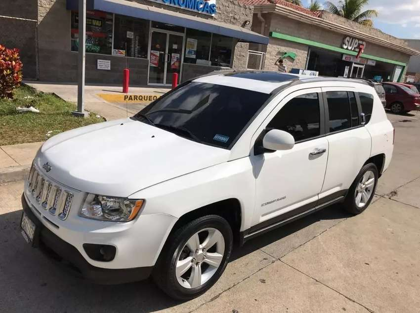 Jeep Compass 2015 full xtras 0
