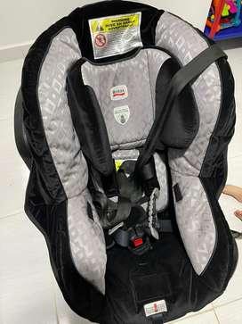 Silla de bebé para carro marca Britax