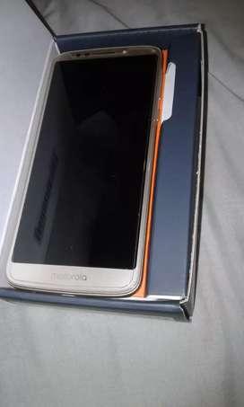 Vendo o permuto Motorola Moto E5 nuevo