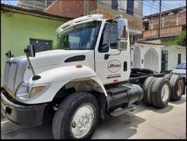 Camión Tracto International 7400