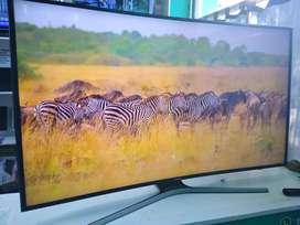 Smart tv 55 4k curvo Samsung nuevo con detalle
