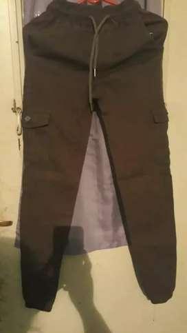 Vendo pantalon cargo mujer