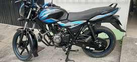 Motocicleta Discover 100s