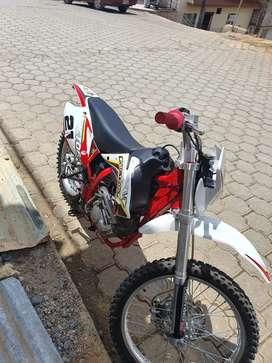 Vendo factory bike t4 250