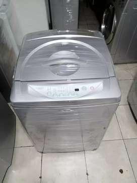 Lavadora de 32 libras haceb, digital, grande,
