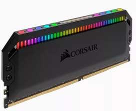 Memoria RAM CORSAIR DOMINATOR 8 GB DDR4 3200 Mhz LED-RGB
