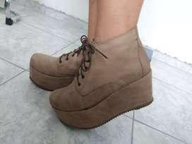 Zapatos marrones Clara Barceló  T.37/38