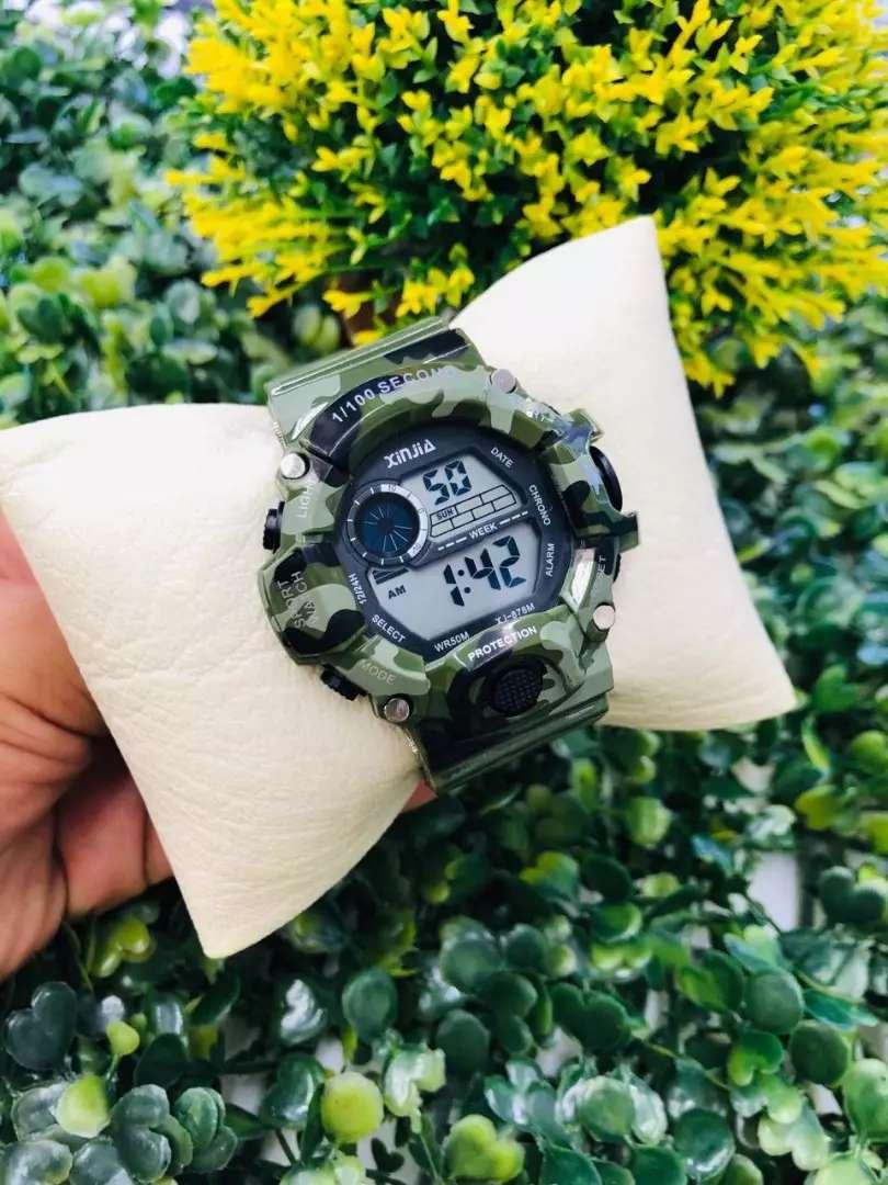 Reloj Niño digital estilo militar 0