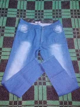 Vendo jeans nuevo 1 solo uso