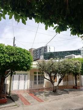 Casa económica cerca CC San Silvestre