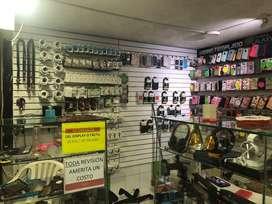 Vendo negocio de accesorios y repuestos pra celulares con mas de 5 años de antiguedad