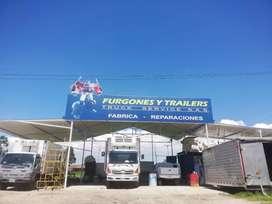 FURGONES Y TRAILERS