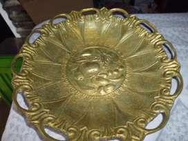 frutera en bronce mediana antigua