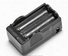 Cargador para baterías 18650 y 118650  Li-ion de 3,7 v