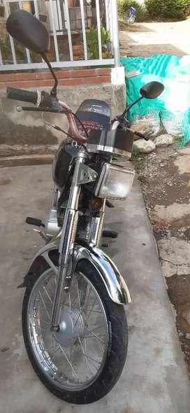 Venta de Moto ax100