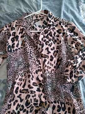Blusa animal print talla s