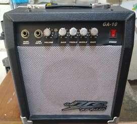 Amplificador para guitarra GA-10