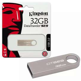 Pendrive 32 GB Kingston Metálico SE9