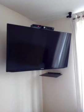 Vendo televisor  LED Samsung de 40 pulgadas, excelente estado.
