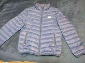 Vendo campera The North Face azul