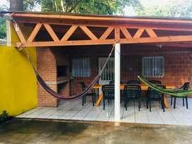 Alquilo casa en Ituzaingo por día. Playa y bajada de lancha