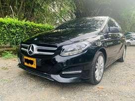 Mercedes Benz Automático Clase B 180 modelo 2016  5 puertas kilometraje 42.000 placas de Bogotá