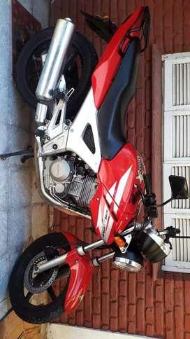 Honda twister 2012 vtv titular al dia