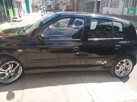 Vendo Clio 2006 al día