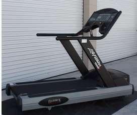Caminadora life fitness