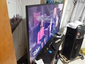 TV samsung 4k curvo un mes de comprado en alkomprar