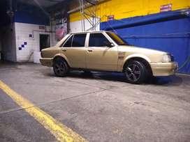 Mazda special , recién reparado 800 kilómetros