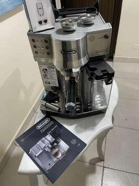 Cafetera EXPRESSO DE' LONGHI EC860