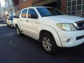 Permuto Toyota Hilux mod.2010 Diesel 4x4