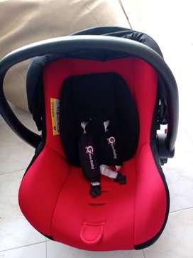 Hermosa silla carro bebé 0-6 meses