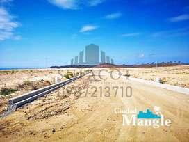 Venta de Lotes Frente al Mar, 200m2 16.000 usd Financiamiento Directo 1.000 usd Entrada, a 35 min de Manta SD1