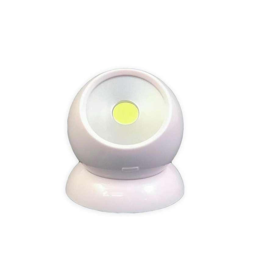 Lámpara Led Magnética Gira 360 Grados Luz Blanca Portátil Nueva 0